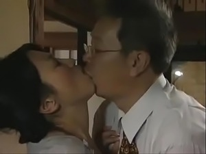 mom daughter suck uncle video