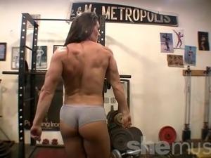 naked girl gym class