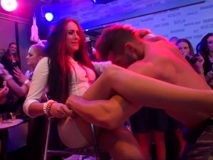 three nude girls dancing video bows