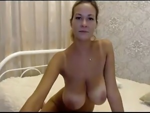 naturally sexy babes
