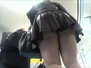 party girls upskirts