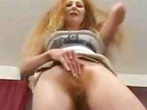 hairy pussy streaming porn video