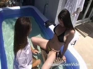 tube sex pool handjobs