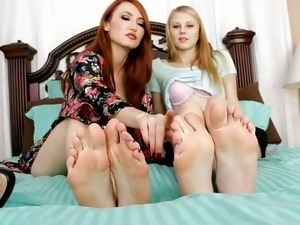 mature nylon footjobs movies