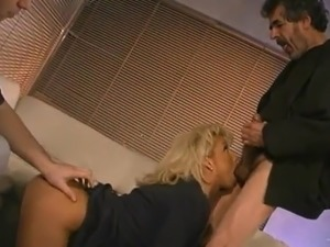 amateur threesome video