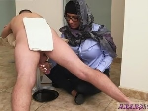 entering pussy first time