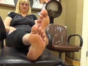 womens petite feet in nylon stockings