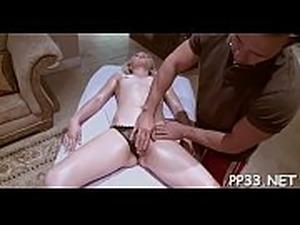 girls front butt massagers