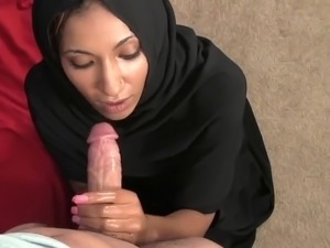 girl gives handjob in class