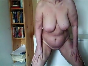 saggy old tits porn video