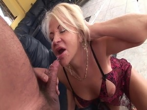 closeup pussy pissing peeing videos torrent