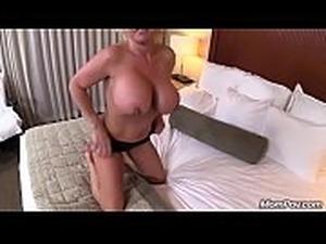 mature anal ladies lesbian