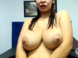 sucking nipples sexy