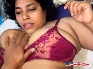 naked indian girl pictures