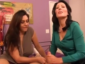 aunt and niece hardcore lesbian sex