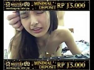 indonesia naked girl