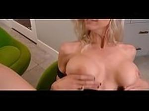 girl big tits getting a mamograhm